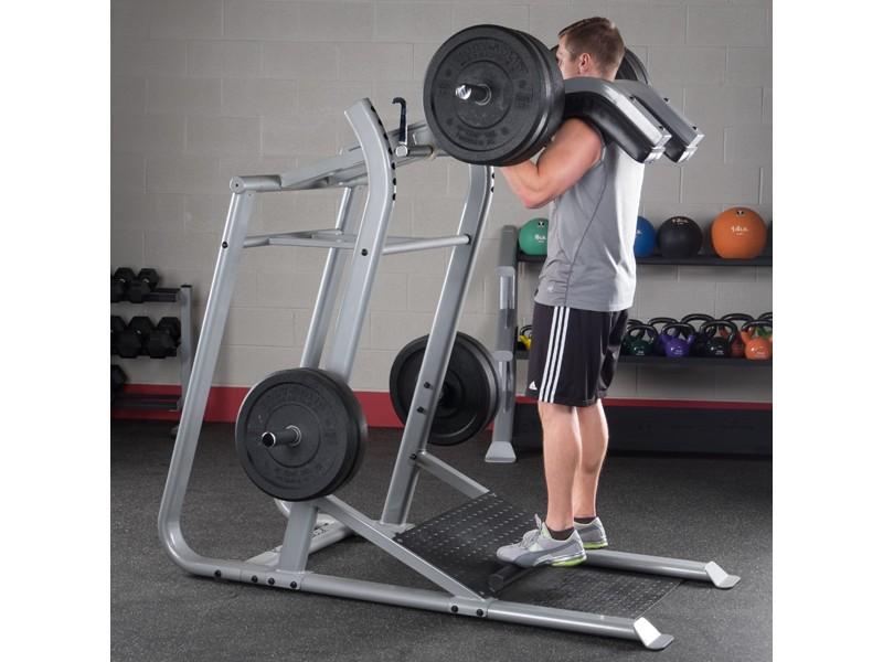 solid leverage squat machine